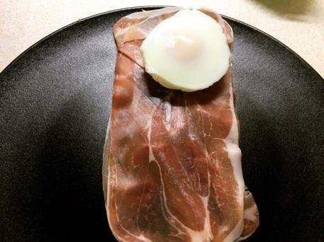 roll egg